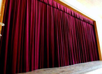 Divadelní služby - textilní vybavení