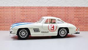 Modely aut - Modely strojů a maket Vega