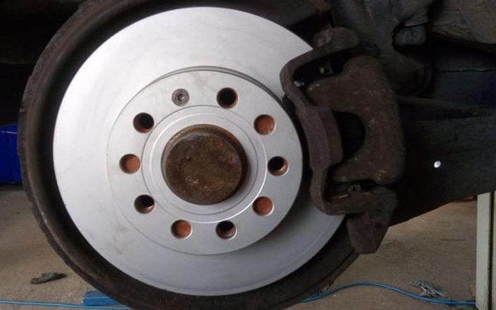Pneuservis Bolevec přezutí pneumatik
