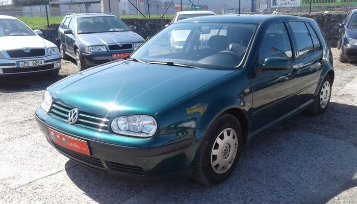 VOLKSWAGEN GOLF IV 1.6 SUPER STAV