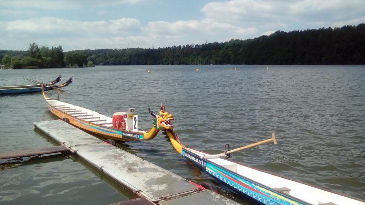 Dračí lodě, v Plzni,