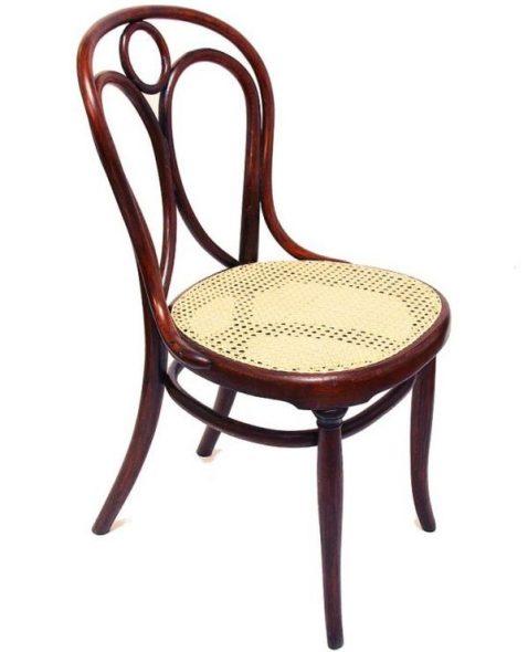 Restaurování nábytku v Praze - renovace staré židle