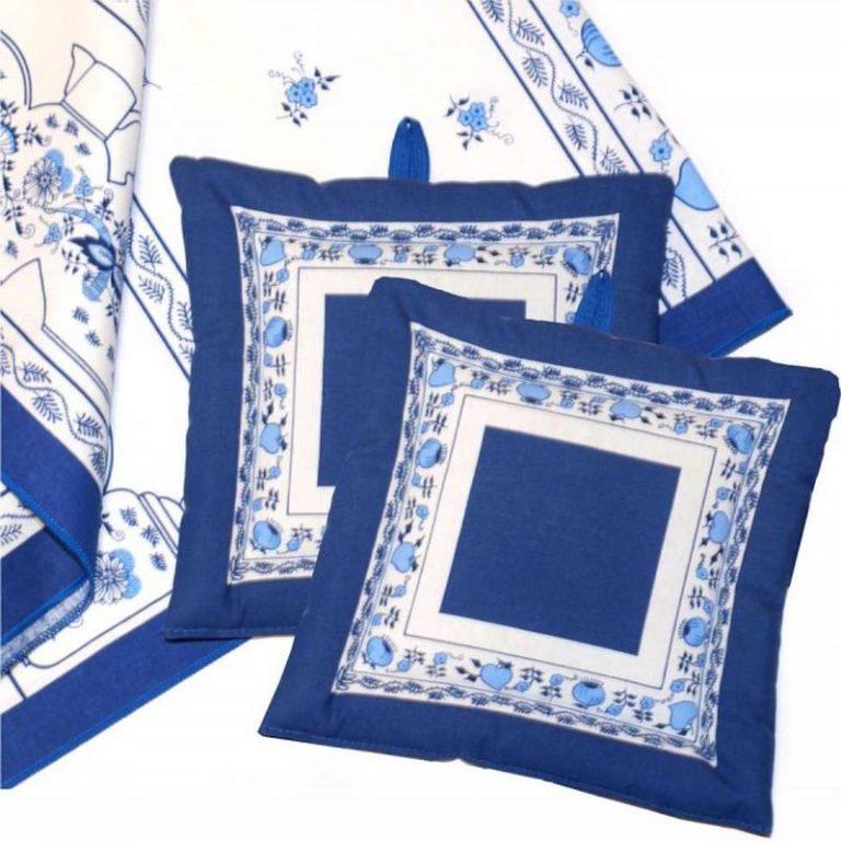 Kuchyňský a bytový textil -výrobky z řady Cibulák - tip na vánoční dárek