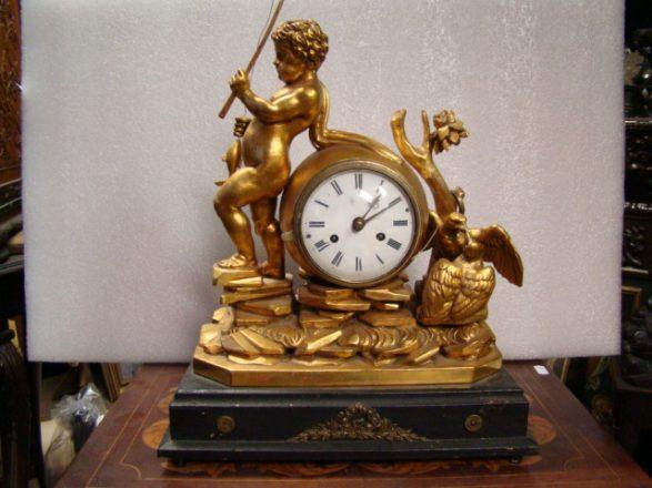 Prodej starožitných hodin - figuralni-klasicistni-hodiny