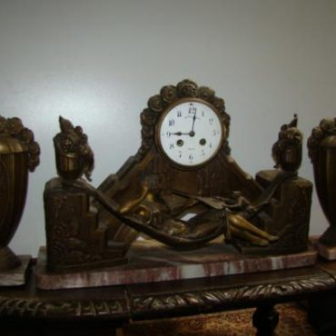 Prodej starožitných hodin - hodiny-art-deco