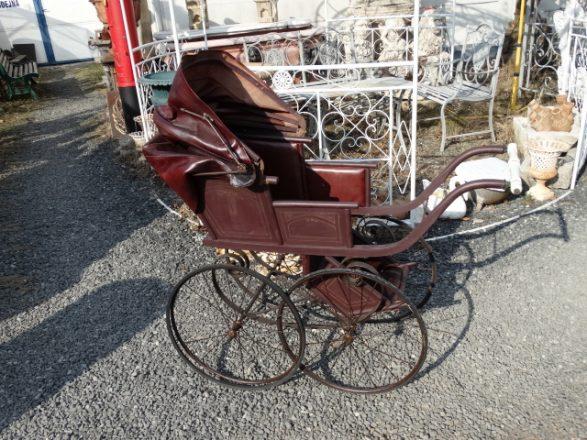 Prodej starožitností - kocarek-pro-deti