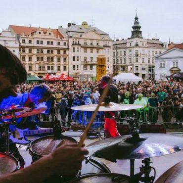 Živá ulice opět promění centrum Plzně